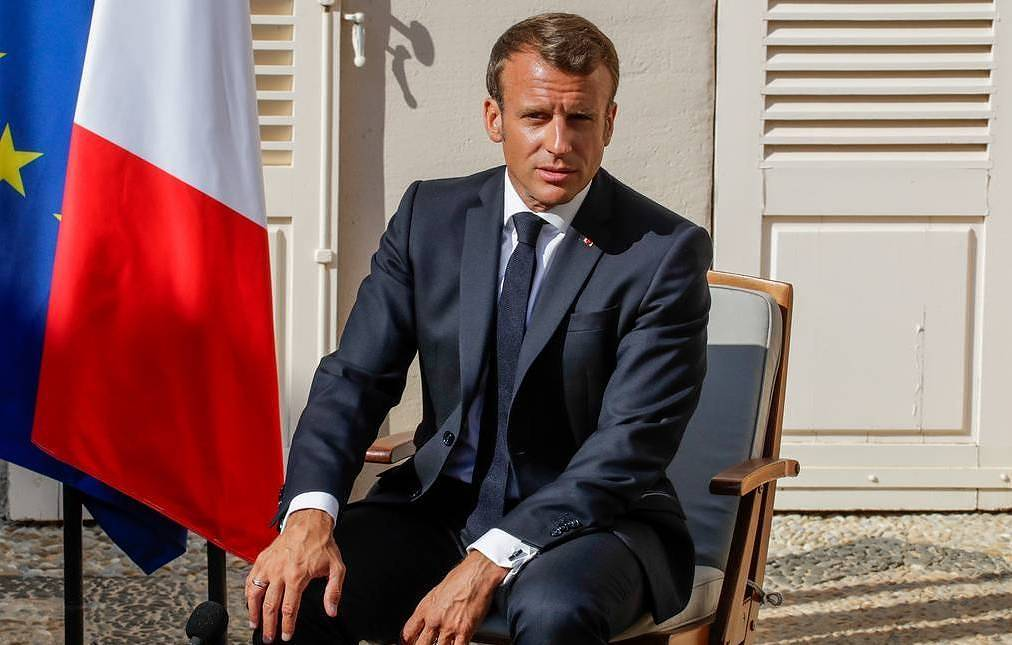 French president highlights Russia's important role in settling global crises