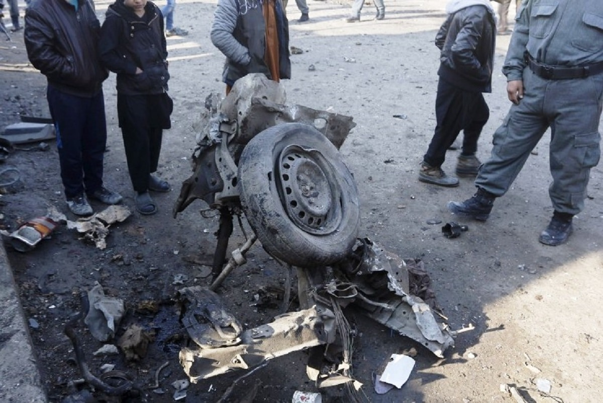 Suicide car bomb attack hits Afghan forces